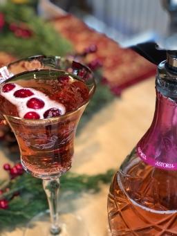 Cranberry Mimosas 🍷